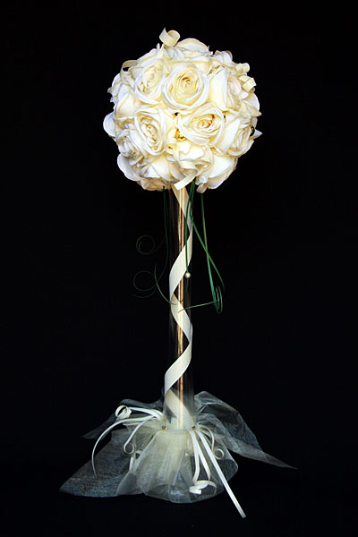 Artificial Cream Flower Ball with Vase