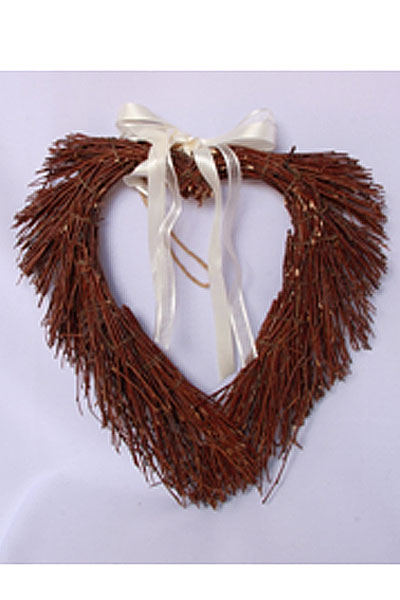dark-brown-loose-wicker-heart