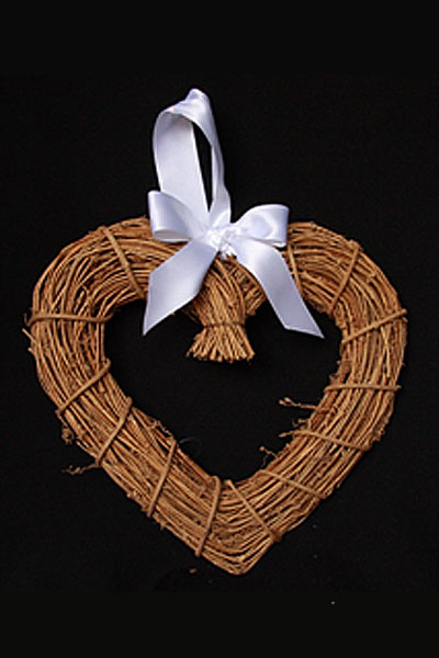 dark-brown-wicker-heart