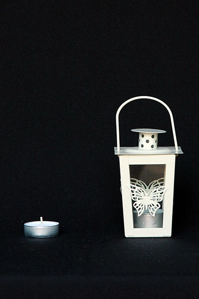 mini-butterfly-tall-thin-hanging-lantern_img_2567_1024