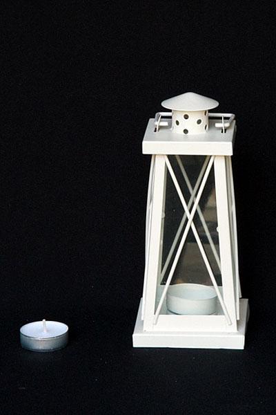mini-tall-thin-hanging-lantern_img_2537_1024