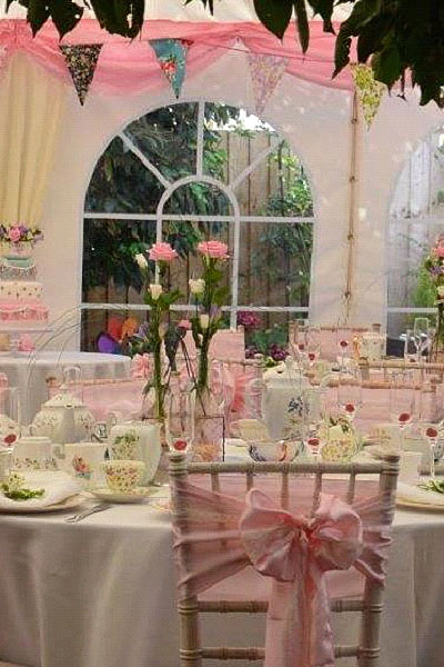 Vintage Dinner/Tea Party Range