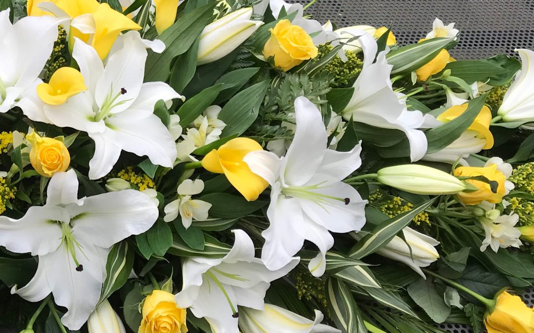 How To Choose The Right Funeral Flowers